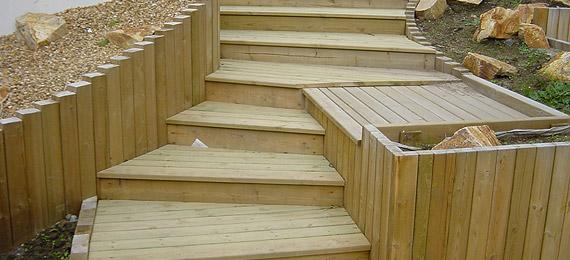 D tail escalier bois dj cr ation for Agence bois exterieur
