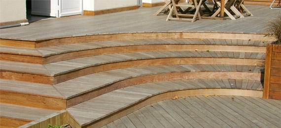 Double terrasse avec marches bois  DJ création