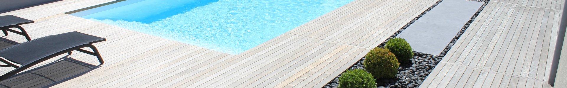 DJ création entourage piscine