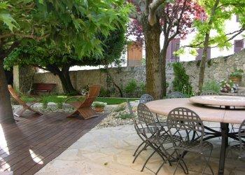 terrasse bois et carrelage