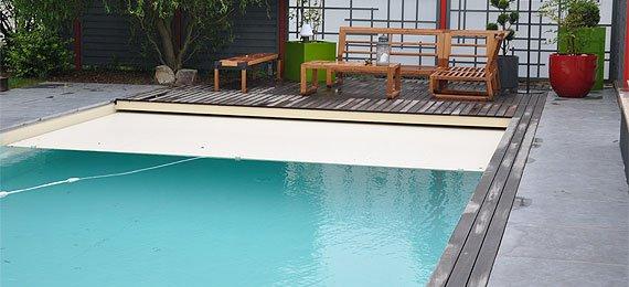 Am nagement de contour de piscine ext rieur dj cr ation for Piscine entourage bois