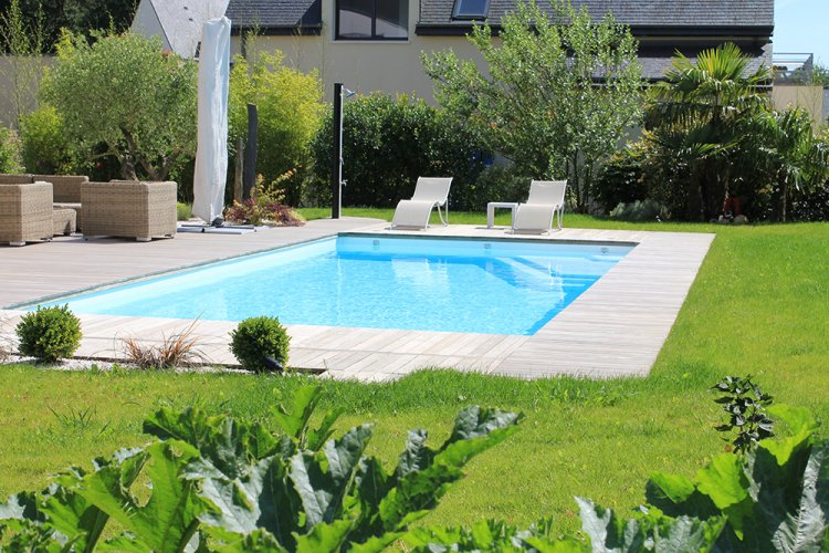 R alisation entourage piscine dj cr ation for Entourage piscine design